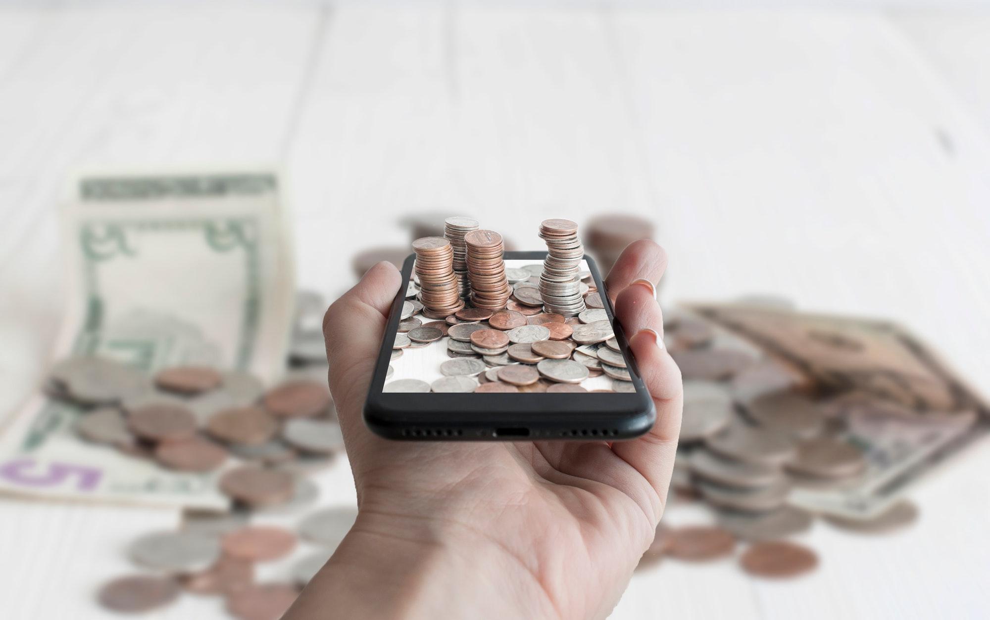 Money in smartphone
